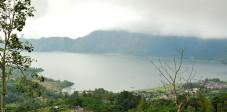 Kratersee des Vulkans Gunung Batur