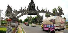 Tor nach Gilimanuk, Bali