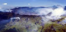 Krater des Gunung Tambora auf Sumbawa, Indonesien