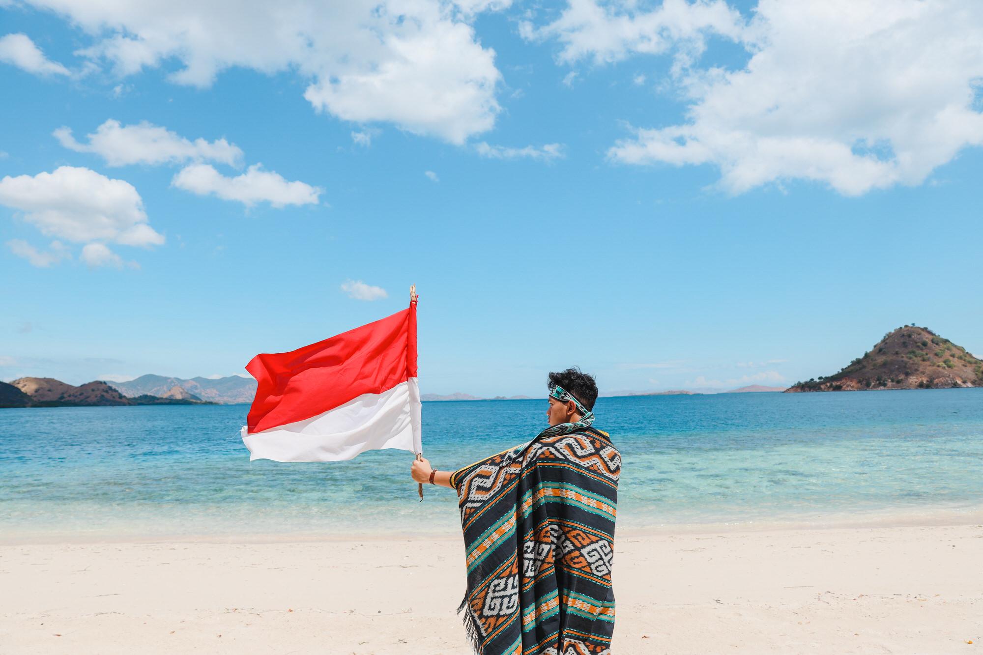 Das vielfältige Indonesien: Brennpunkt Jakarta, Urlaubsparadies Bali